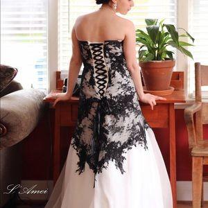La'Amei Bridal
